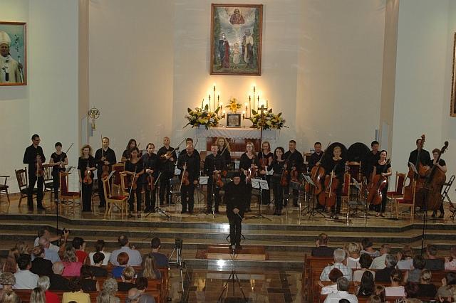 W Augustowie- na pierwszym planie jeden z najwybitniejszych współczesnych kompozytorów polskich - Paweł Mykietyn